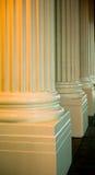 Ciérrese para arriba de las columnas griegas Fotografía de archivo
