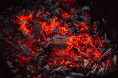 Ciérrese para arriba de las llamas de la hoguera Foto de archivo