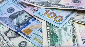 Ciérrese para arriba de los billetes de banco de los E.E.U.U., 100 dólar la nota, 50 dólar las notas, 20 dólar las notas Imágenes de archivo libres de regalías