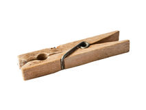 Ciérrese para arriba de los contactos de ropa de madera aislados en blanco imagen de archivo