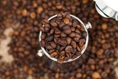 Ciérrese para arriba de los granos de café foto de archivo libre de regalías