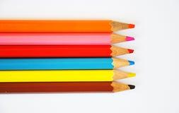 Ciérrese para arriba de los lápices del color con diverso color Imágenes de archivo libres de regalías