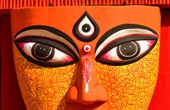 Ciérrese para arriba de los ojos de un ídolo de la diosa hindú Durga fotos de archivo libres de regalías
