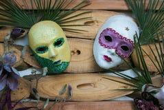 Ciérrese para arriba de máscara de dos carnavales en el centro de Castiglion Fibocchi foto de archivo libre de regalías