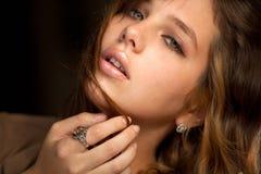 Ciérrese para arriba de modelo joven magnífico Fotos de archivo libres de regalías