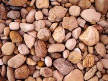 Ciérrese para arriba de rocas en la tierra Fotos de archivo