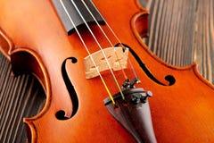 Ciérrese para arriba de un detalle del violín Fotografía de archivo libre de regalías