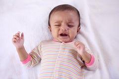 Ciérrese para arriba de un griterío del bebé Imagen de archivo