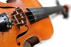 Ciérrese para arriba de un violín Fotos de archivo libres de regalías