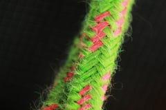 Ciérrese para arriba de una cuerda de goma plástica fotografía de archivo libre de regalías