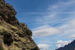 Ciérrese para arriba de una montaña Imágenes de archivo libres de regalías