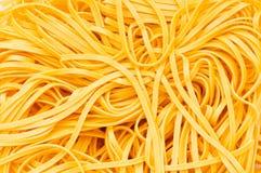Ciérrese para arriba del espagueti enredado Foto de archivo libre de regalías