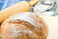 Ciérrese para arriba del pan cocido al horno fresco Fotos de archivo libres de regalías