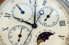 Ciérrese para arriba del reloj viejo Fotos de archivo libres de regalías