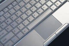 Ciérrese para arriba del teclado de la computadora portátil Imagenes de archivo