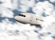 Ciérrese para arriba del vuelo de la nariz de un aeroplano Fotos de archivo
