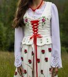 Ciérrese para arriba en las tradiciones de la ropa del montañés, versión femenina fotografía de archivo libre de regalías