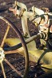 Ciérrese para arriba o resuma de la maquinaria agrícola del vintage fotos de archivo libres de regalías