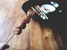 Ciò è intestino grigliato della carne di maiale e della salsiccia con il malaSichu piccante Fotografie Stock