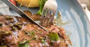 Ciąć piec na grillu wieprzowina kotlecika Zdjęcia Royalty Free