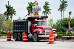 Ciężarówka i żuraw Fotografia Stock