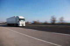 Ciężarówka na drodze Zdjęcie Royalty Free