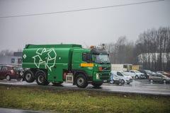 Ciężarówka na drodze Zdjęcia Stock