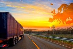 Ciężarówka na drodze Zdjęcia Royalty Free