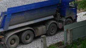Ciężarówka Niesie gruz zbiory wideo