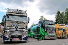 Ciężarówki Kuljetus Auvinen przy brzeg rzeki ciężarówką Spotyka 2015 Zdjęcie Stock