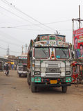 Ciężarowa przerwa w wiejskim India Obraz Royalty Free