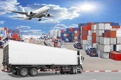 Ciężarowego zbiornika handlowy doręczeniowy ładunek rozładowywa z ai Zdjęcia Stock