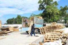 Ciężarowy engin w fabryce Fotografia Royalty Free