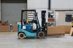 Ciężarowy engin w fabryce Zdjęcie Royalty Free