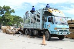 Ciężarowy engin w fabryce Obraz Stock