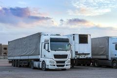 Ciężka ciężarówka z przyczepą Fotografia Stock