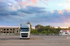 Ciężka ciężarówka z przyczepą Zdjęcie Stock