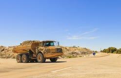 Ciężka usyp ciężarówka lub dumper zdjęcie royalty free
