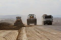 Ciężki budowy wyposażenie pracuje na pas startowy budowie Zdjęcie Royalty Free