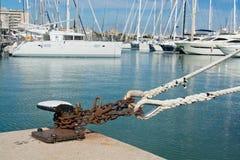 Ciężki cumowanie łańcuch, gałeczka i Fotografia Stock