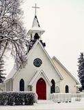 Ciężki opad śniegu na miasteczko kościół Obraz Royalty Free