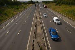 Ciężki ruch drogowy na M1 autostradzie zdjęcia royalty free