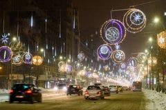 Ciężki ruch drogowy Podczas zimy Śnieżnej burzy W W centrum Bucharest mieście Obraz Royalty Free