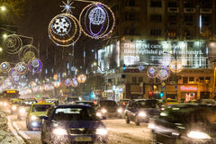 Ciężki ruch drogowy Podczas zimy Śnieżnej burzy W W centrum Bucharest mieście Obraz Stock