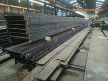 Ciężkie i wielkie metal struktury w metalwork zdjęcia stock
