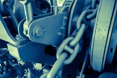 Ciężkiego metalu łańcuch kotwica w wielkim statku Zdjęcie Stock