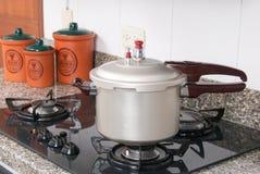 Ciśnieniowa kuchenka zdjęcia stock