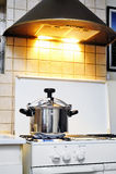 Ciśnieniowej kuchenki stal nierdzewna Obrazy Stock