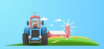 Ciągnik blisko gospodarstwa rolnego Zdjęcie Royalty Free