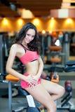 ciała sprawności fizycznej dziewczyny sala Fotografia Royalty Free